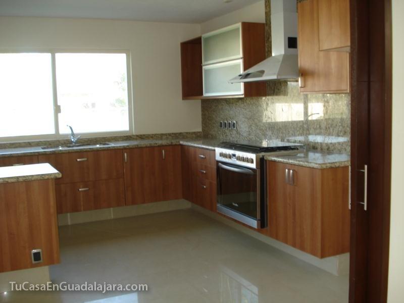 Cocinas de casas en guadalajara zapopan y tlajomulco for Gabinetes cocina integral